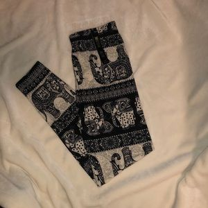Elephant leggings!